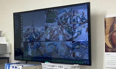事務所内で360°カメラ監視